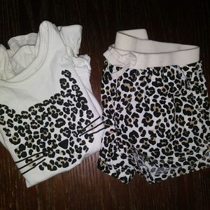 The Children's Place Cheetah Print Set of shorts
